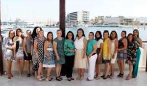 Presidenta Sistema DIF Los Cabos, da la bienvenida a la nueva presidenta de Damas Voluntarias del Sector Naval