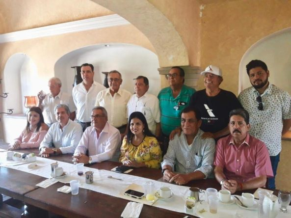 FOTO ARMIDA CASTRO GRUPO RAÍCES.jpg